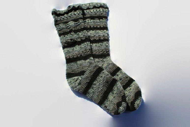 ladies-socks-knee-hi-socks-582d3e501.jpg