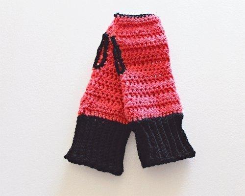 Black & Pink Be Smart Fingerless Gloves