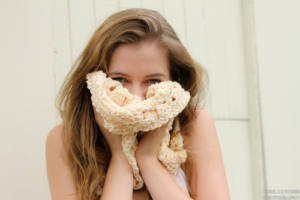 Cream Fanfare Delight Cowl