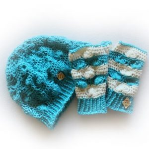Shell B Mine Set in Aqua and off-white