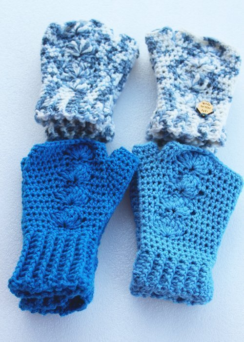 All the Blue Shells Mitts - in a square - close