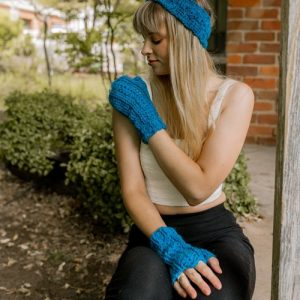 Bloomin' Comfy Mitts & Ear Warmer - Modeled in Sapphire 1